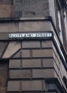 ooh I'm actually here on Scotland Street!!