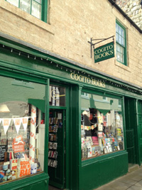 Aah Cogito books - i'm here for a cuppa and a cake today!