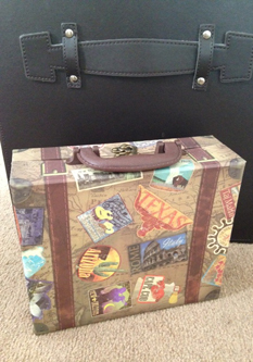 Leanne's suitcase gift from the book trail - ready for her next adventure!