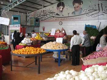 Oh the food! A market in Iran (c) Jennifer Klinec