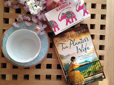 Perfect tea to be enjoyed with this fragrant and sumptuous read (c) thebooktrail